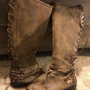 Women's boutique boots
